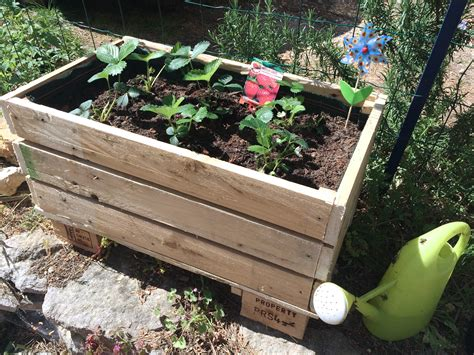 Fabriquer Jardiniere En Palette by Diy Construire Sa Jardini 232 Re En Palettes Tribulations