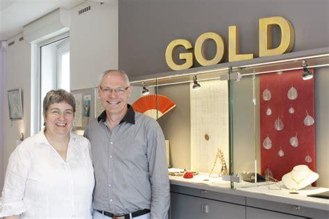 Eingangstüren Ladengeschäft by Goldschmiedekunst Wegner Juweliere Kleinhandel