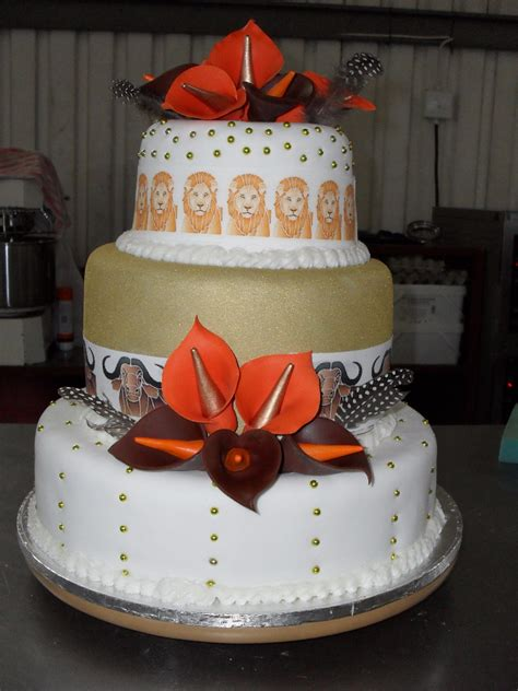 Traditional Wedding Cakes by Traditional Wedding Cakes Suronah Bridal Boutique