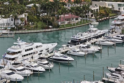 yacht harbor club sunset harbour yacht club slip dock mooring reservations