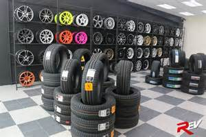 Car Tyres Store Tire Showroom Display Racks