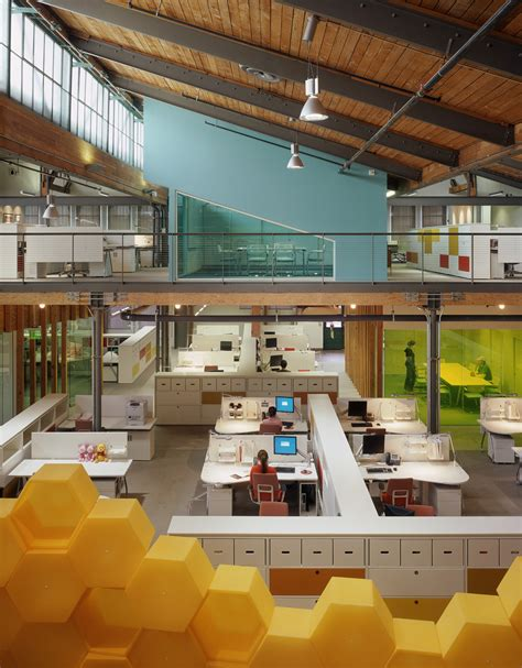 The Office Pasadena by Clive Wilkinson Architects The Disney Store Headquarters