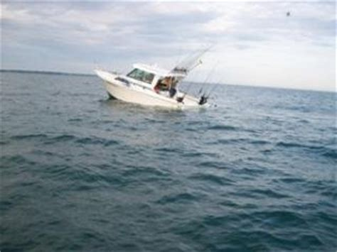 sinking boat on lake erie fishing boat sinks lake ontario the hull truth boating