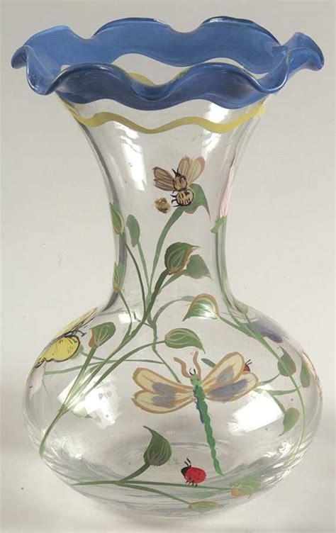 Lenox Butterfly Meadow Vase by Lenox Butterfly Meadow Handpainted Crimped Vase 5535599