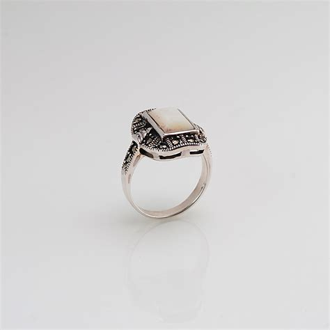 marcasite ring with ivory