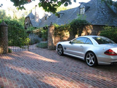 tim cook house tim cook s 2 400 square foot home in palo alto keeps him rooted cult of mac