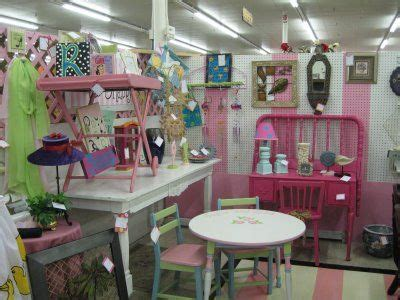 decor how to decorate a booth for a trade show how to decorate a booth for a trade show photos flea market booth decorating ideas corlene pinterest