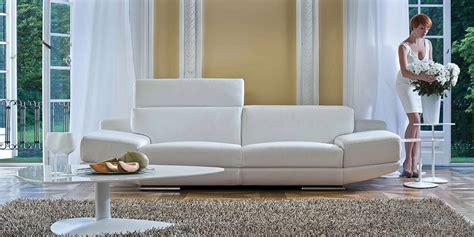 divano pelle e tessuto divani per tutti in pelle e tessuto