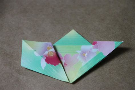 Origami Supplies - step by step origami flower folding guide hgtv