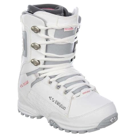 on sale 32 thirty two lashed snowboard boots womens up