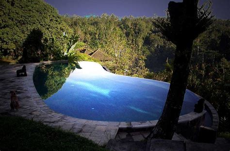 bali infinity pool 25 stunning infinity pools around the world 171 twistedsifter