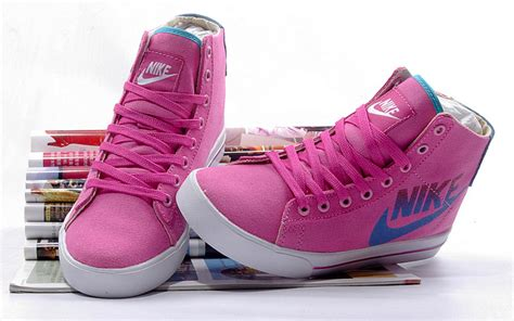 nike sweet classic hi high top canvas shoes 386198 106