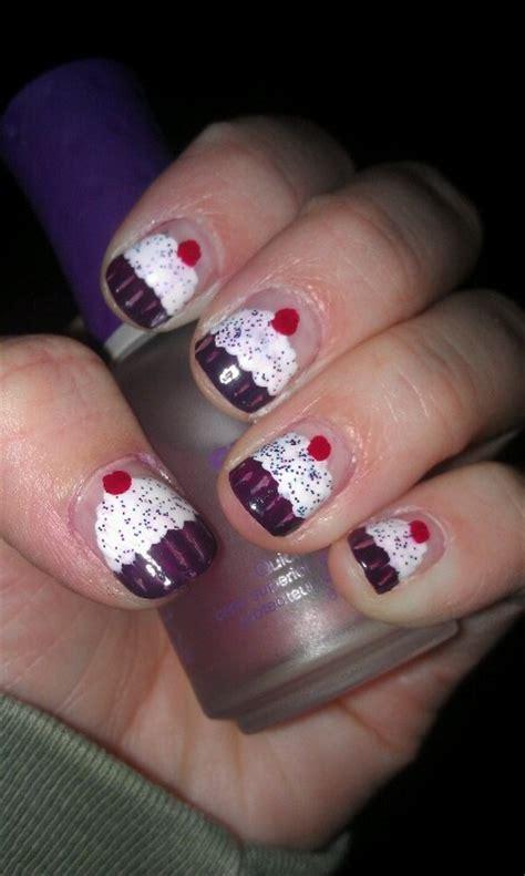 birthday themed nail art birthday themed nail arts pretty designs