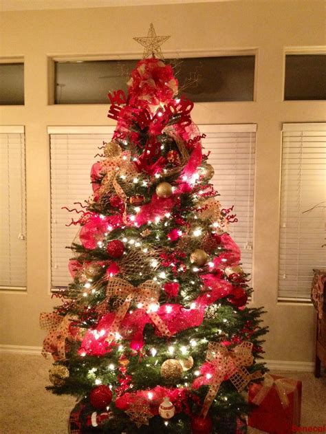 images  holiday cardinal  gold  pinterest trees christmas trees  themed