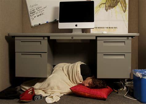 Costanza Desk by George Sleeping Desk Desk Design Ideas