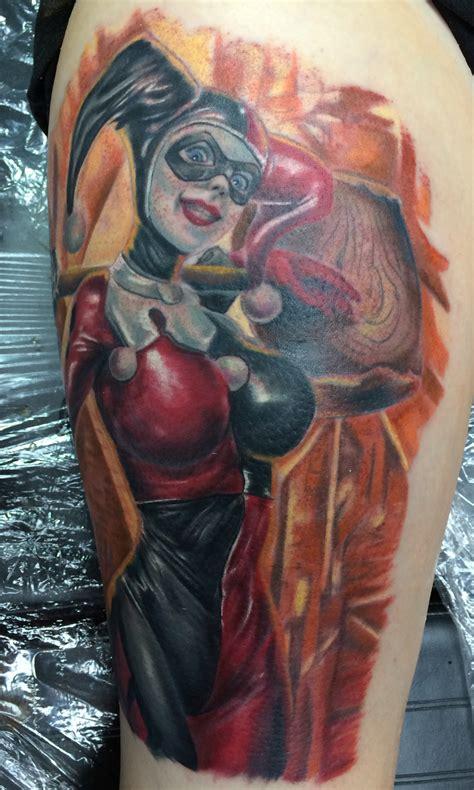 batman harley quinn tattoo harley quinn tattoo by chad miskimon of evolved body arts