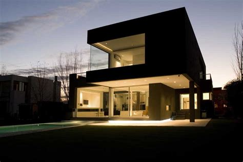 the black house by andr 233 s remy arquitectos housevariety