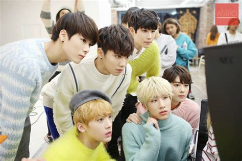 astro new year song 2011 just before their debut astro to in a new reality