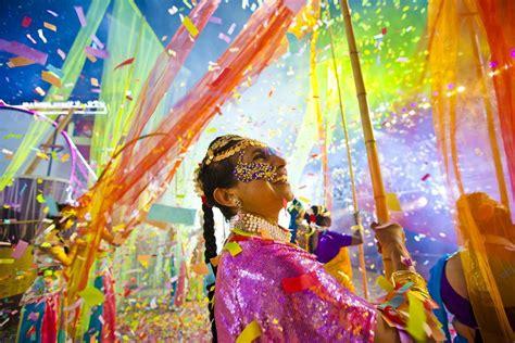 celebrate  singapore chinese  year