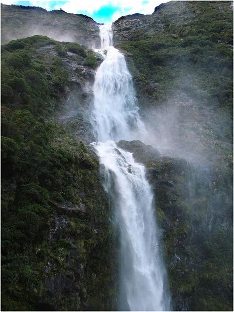 famous waterfalls in the world famous water falls around the world share here