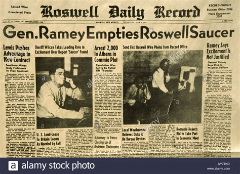 Roswell Nm Records Headlines From The Original Front Page Of The Roswell Daily Record Stock Photo