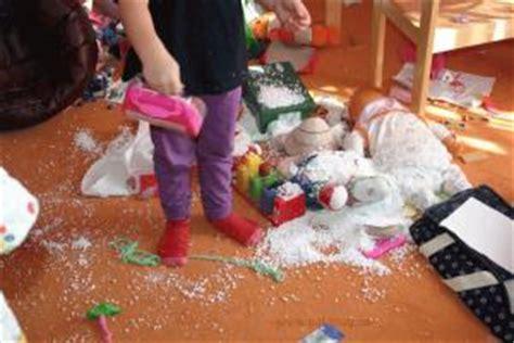 chaos in kinderzimmer schnee chaos im kinderzimmer pal