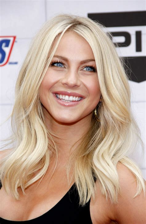 julianne hough shattered hair julianne hough hair 100 fashiotopia