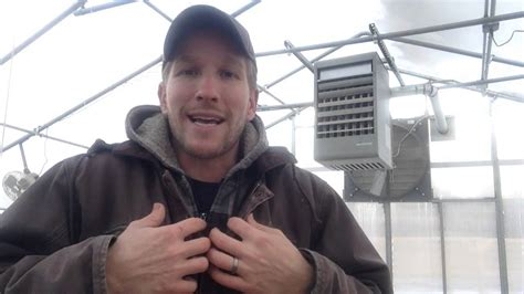 do chickens need a heat l do chickens need heat in the winter youtube