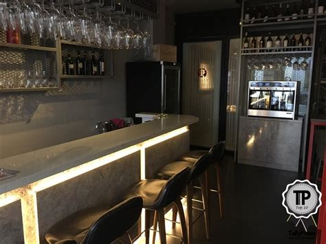 top wine bars top wine bars in 28 images midtown manhattan s best