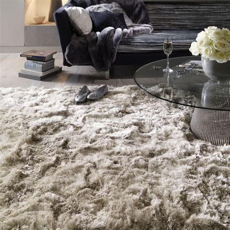 lounge rugs sale best 25 shaggy rug ideas on fluffy rug fluffy rugs bedroom and shaggy