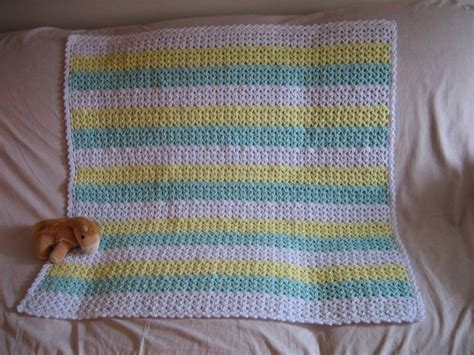 favecrafts free knitting patterns 17 best images about crochet baby blankets on