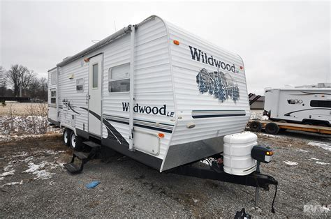 used 2006 wildwood 27bhssle travel trailer with bunks 2006 forest river wildwood 27bhss travel trailer the