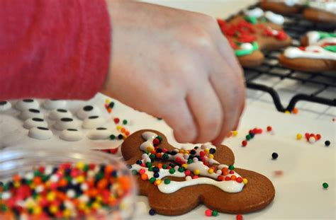 Decorating Gingerbread by Cookie Countdown And Gingerbread Cookies