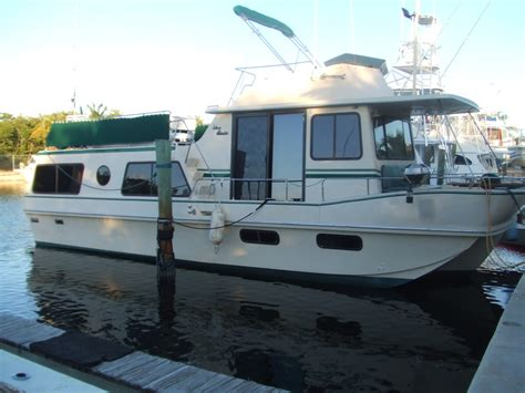 house boat rentals houseboat holiday rentals boat rentals