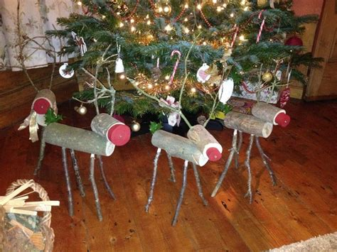 stunning wooden christmas decorations ideas