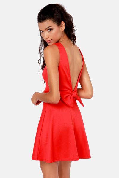 lulu s lulu s bow tiful dreamer backless red dress by lulusdotcom