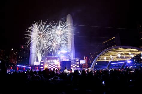 new year toronto ring in the new year in style toronto airport limo