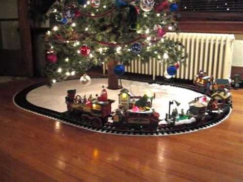polar express christmas tree train set the tree 2009