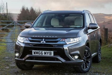 mitsubishi outlander phev review 2018 what car