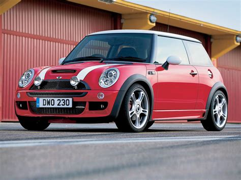 Mini Cooper List The Mini Cooper S History Of Model Photo Gallery And