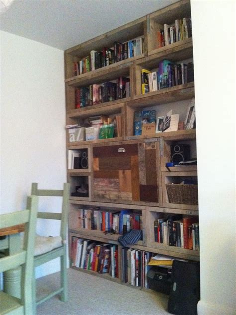 scaffold board bookcase diy shelves