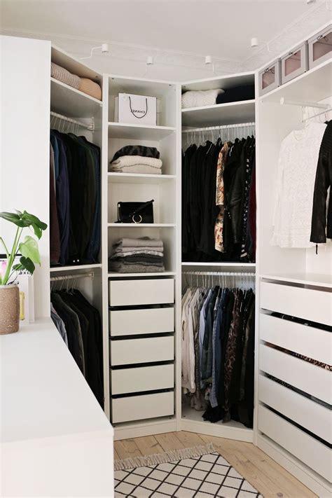 Ikea Bathroom Ideas by Master Bedroom With Walk In Closet And Bathroom Size L