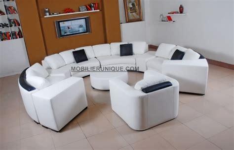 Canapé d'angle en cuir italien en rond design et pas cher