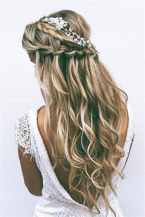 hairstyle ideas for engagement best 25 wedding hairstyles ideas on pinterest wedding