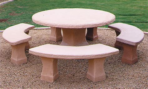 Concrete Patio Table And Benches Concrete Landscape Tables Outdoor Concrete Tables Outdoor Concrete Benches Treenovation