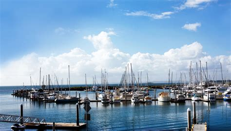 the boat club hervey bay dress code functions