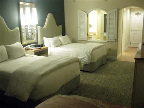 2 bedroom suites orlando near universal studios lpbh 2 queen bedroom suite club level picture of