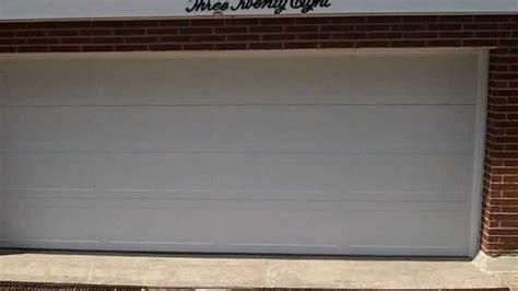 chi garage doors reviews a chi 5916 garage door our review