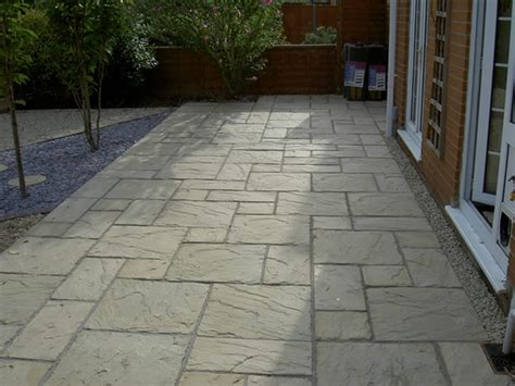 Patio Slab Design Ideas by Paving Slab Ideas Cheap Garden Paving Small Patios With