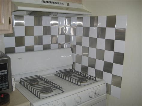 Peel and stick wall tiles for kitchen     Kitchen ideas